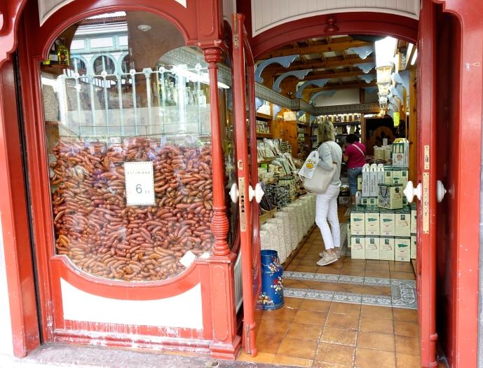 Tienda de chorizos  (Oviedo)