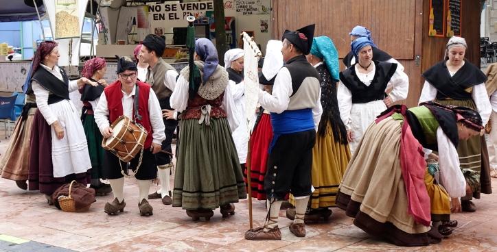 Trajes típicos  (Oviedo)