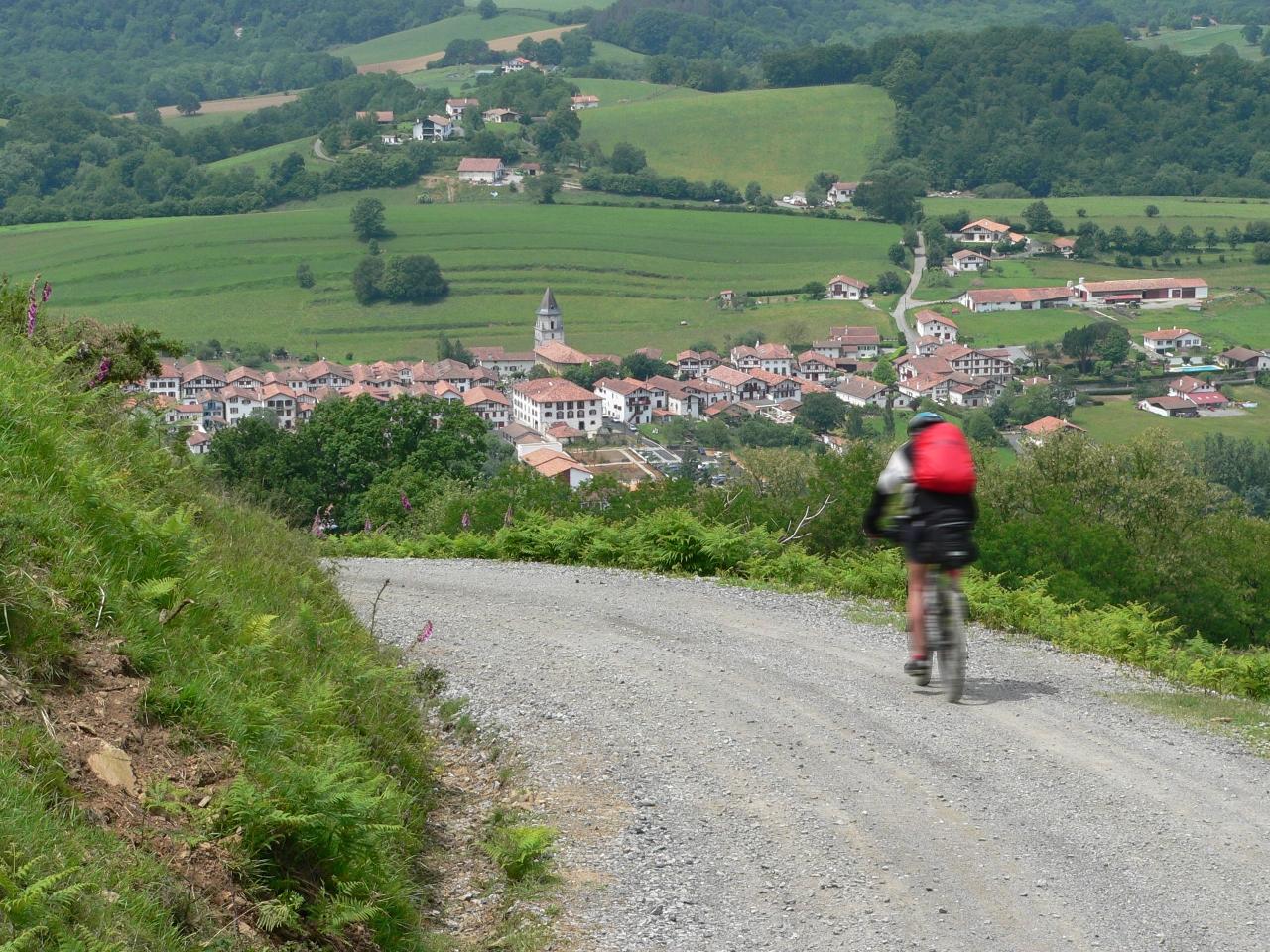 · La traversée des Pyrénées Françaises en VTT (tramo finalIV/IV)