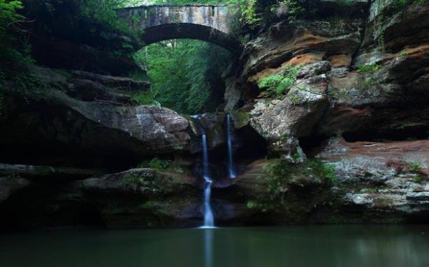 waterfall-old-man-cave-ohio-usa-hd-wallpaper