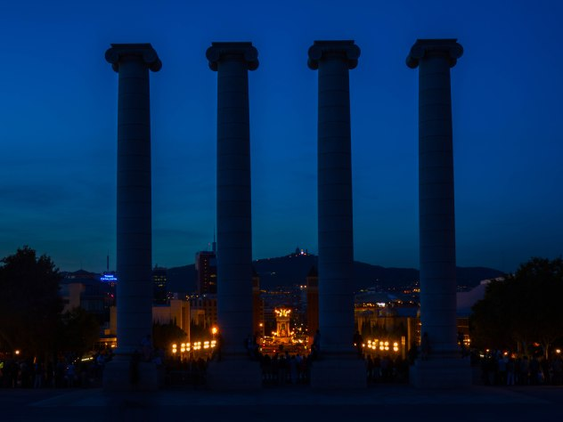 4 columnas Montjuic (1 de 1)