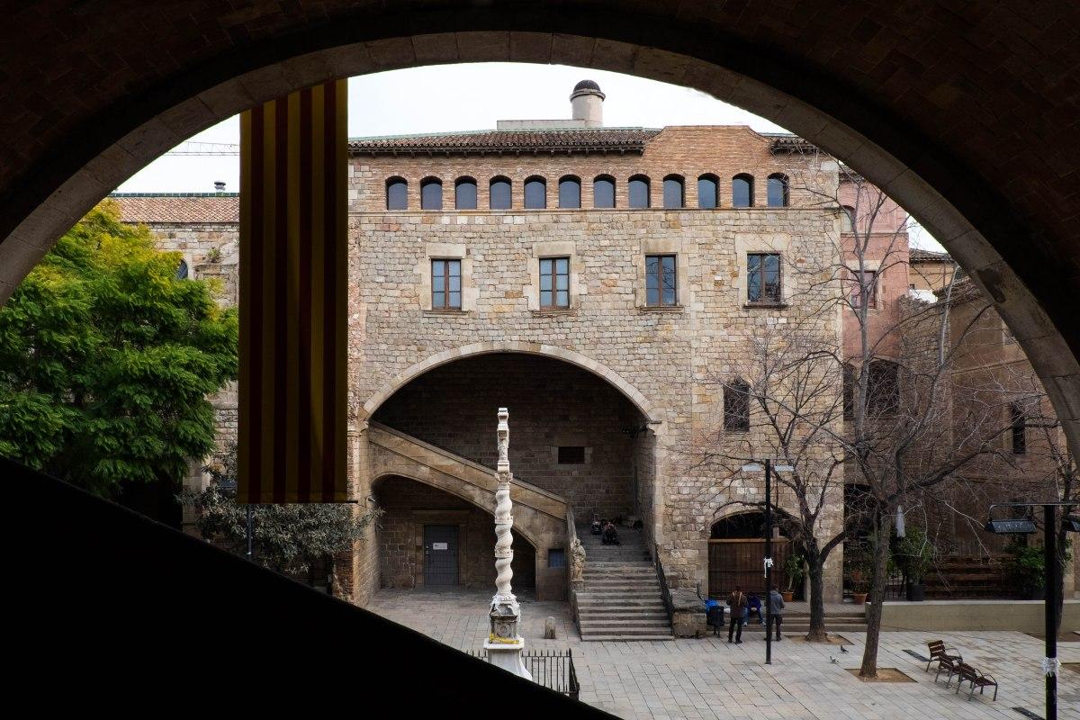 Antiguo Hospital de la Santa Creu, ahora Biblioteca Nacional de Catalunya