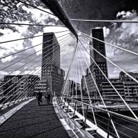 Puente peatonal de Zubizuri, Bilbao