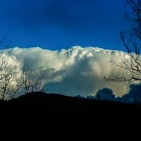 Montaña de nubes              Cloud mountain